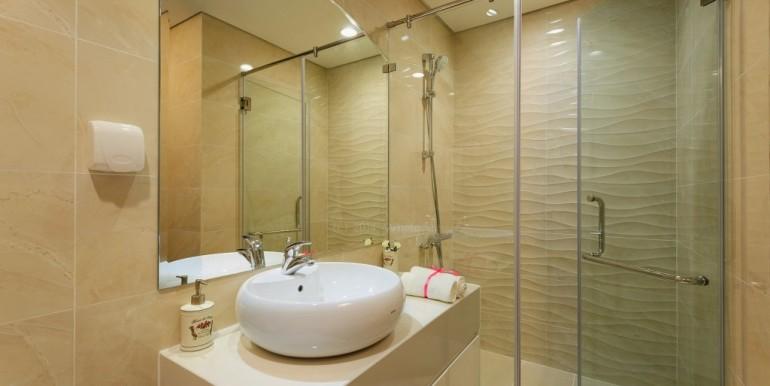 vinhomes-central-park_toilet-1024x671